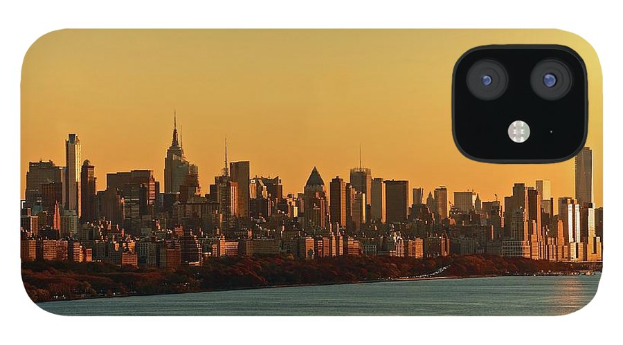 Tranquility iPhone 12 Case featuring the photograph Golden Sunset On Nyc Skyline by Robert D. Barnes