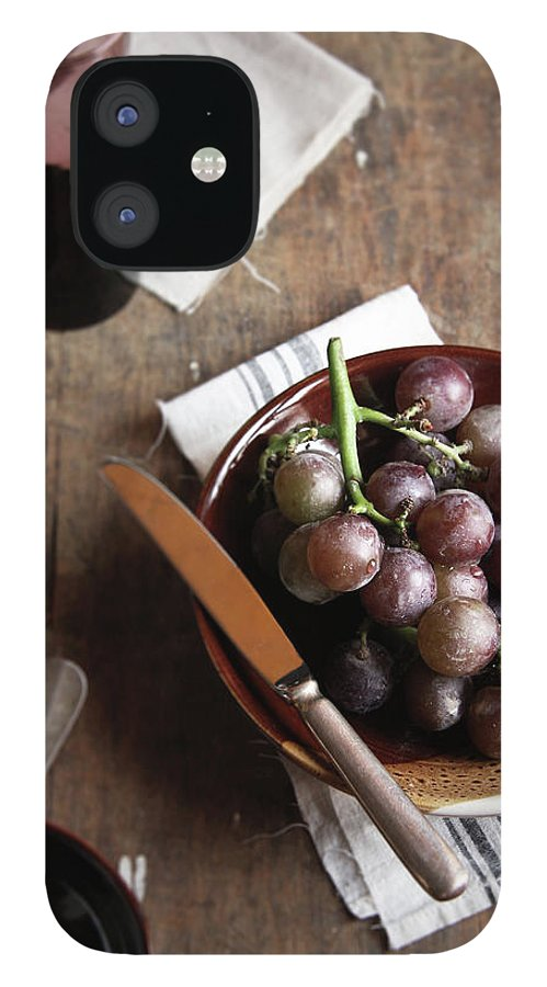Spoon iPhone 12 Case featuring the photograph Grape by 200