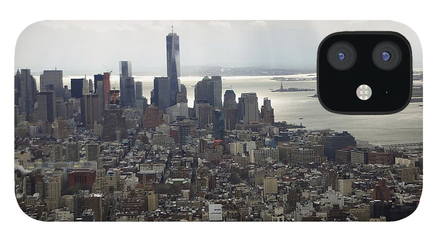 Sun Rays IPhone 12 Case featuring the photograph Rays over the Hudson by Linda C Johnson