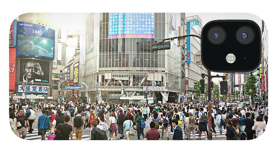 Crowd IPhone 12 Case featuring the photograph Sunny Day In Shibuya by Xavierarnau
