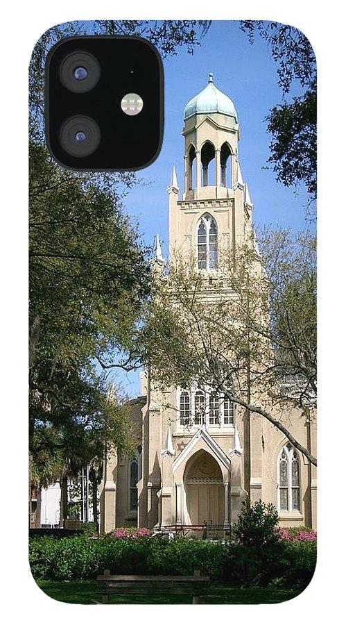 Savannah IPhone 12 Case featuring the photograph Savannah Gothic by Lin Grosvenor