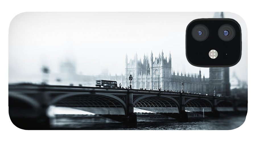 Clock Tower IPhone 12 Case featuring the photograph Big Ben And Houses Of Parliament In The by Cirano83