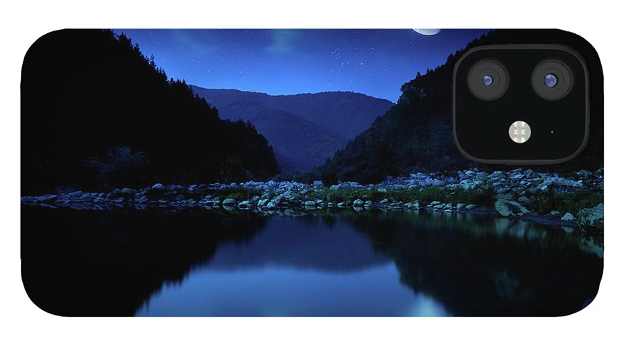 Water's Edge IPhone 12 Case featuring the photograph Rising Moon Over Lake by Da-kuk