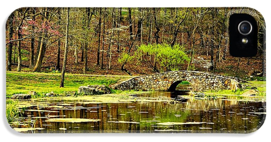 Arkansas IPhone 5 Case featuring the photograph Arkansas Tranquility by Benjamin Yeager