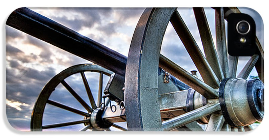 Abraham IPhone 5 Case featuring the photograph Cannon Over Gettysburg by Andres Leon