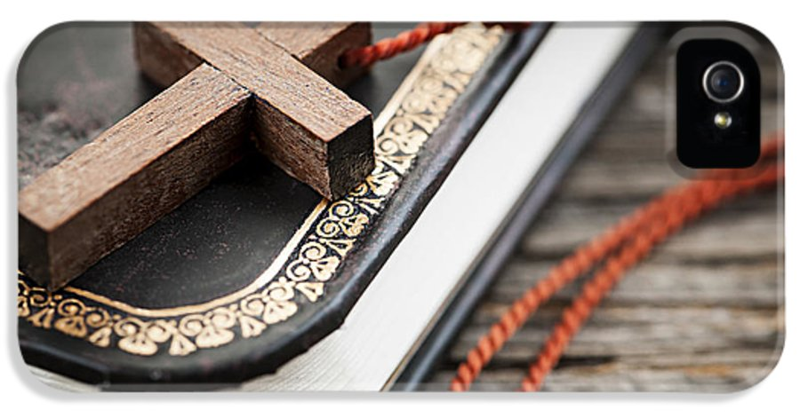 Cross IPhone 5 Case featuring the photograph Cross On Bible by Elena Elisseeva