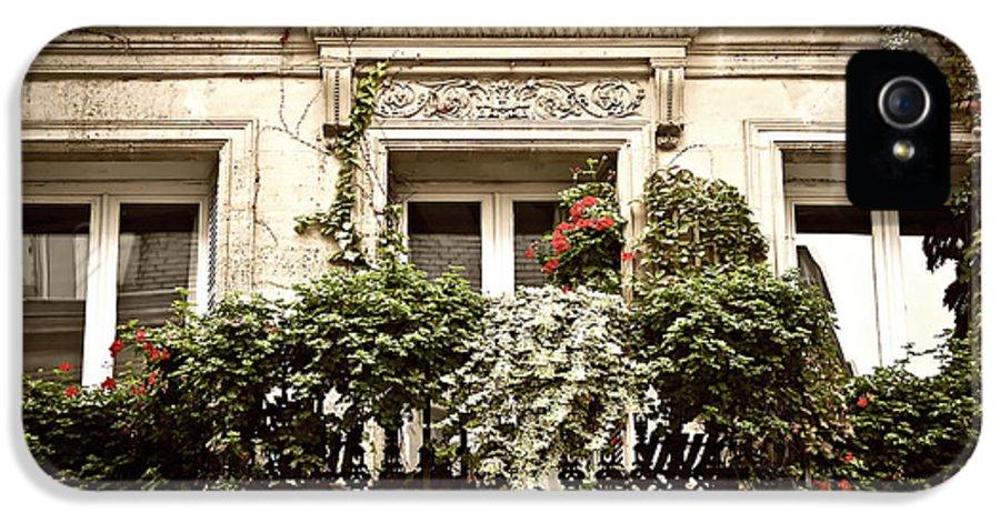 Window IPhone 5 / 5s Case featuring the photograph Paris Windows by Elena Elisseeva