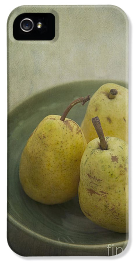 Food IPhone 5 Case featuring the photograph Pears by Priska Wettstein