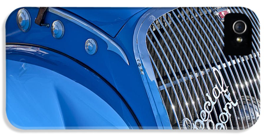1937 Peugeot 402 Darl'mat Legere Special Sport Roadster Recreation IPhone 5 Case featuring the photograph 1937 Peugeot 402 Darl'mat Legere Special Sport Roadster Recreation Grille Emblem by Jill Reger