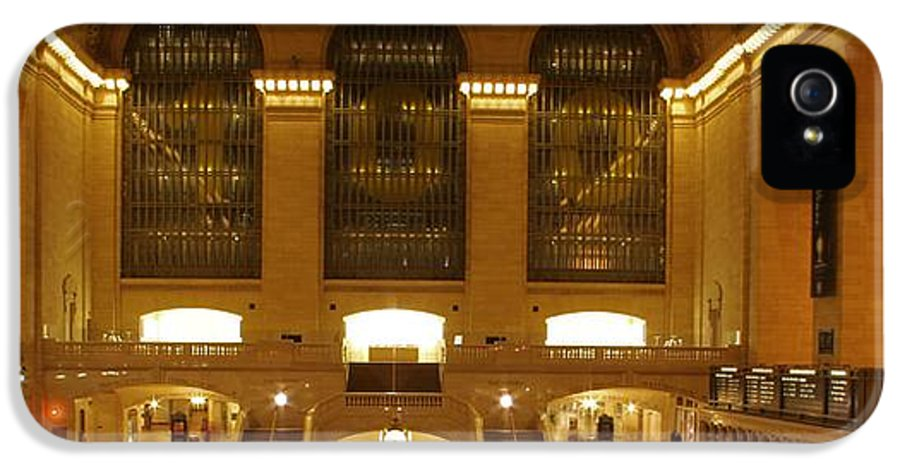 Grand Central Station IPhone 5 Case featuring the photograph Grand Central Station by Dan Sproul