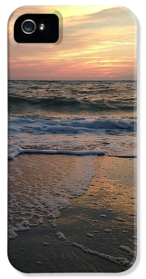 Sunset IPhone 5 Case featuring the photograph Slanted Setting 2 by K Simmons Luna