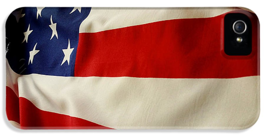 Backgrounds IPhone 5 Case featuring the photograph American Flag by Les Cunliffe