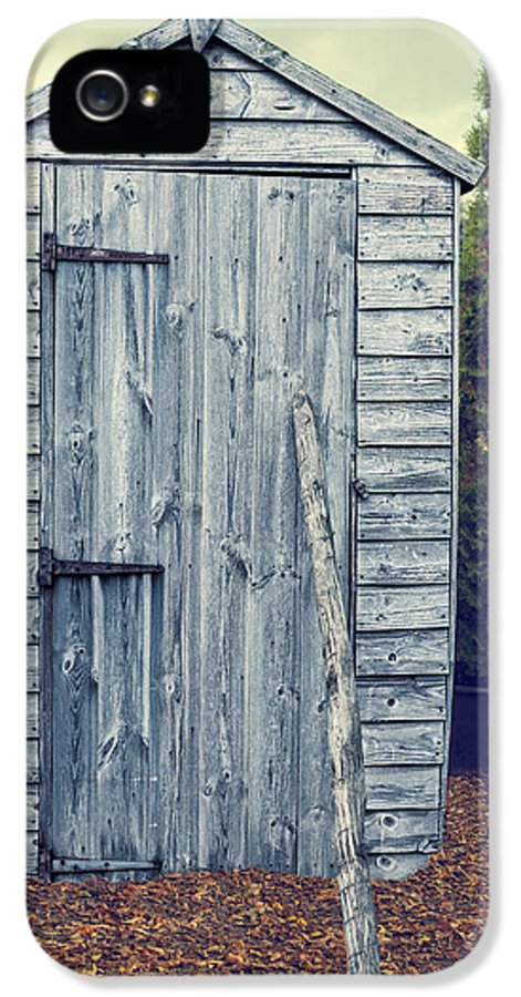 Garden IPhone 5 Case featuring the photograph Garden Shed by Amanda Elwell