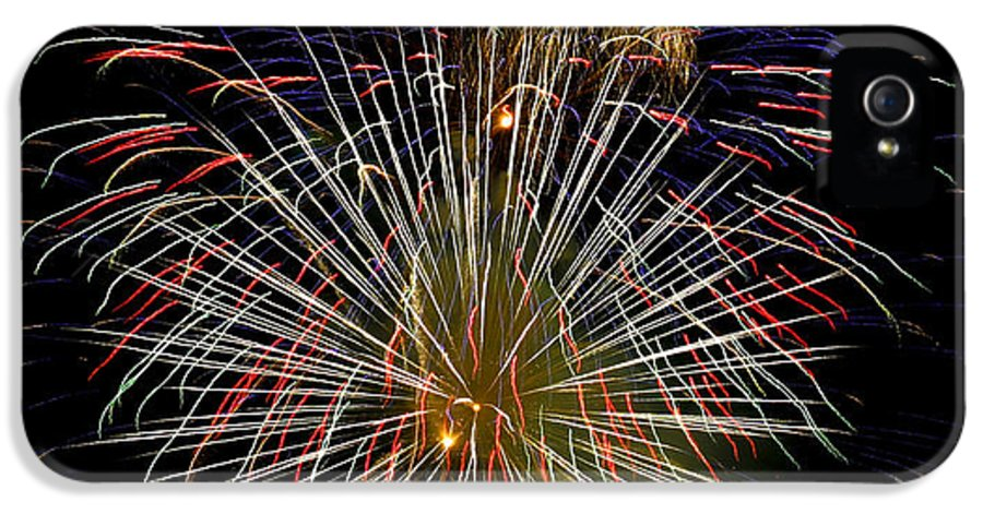 Fireworks IPhone 5 Case featuring the photograph 4th Of July 1 by Marilyn Hunt