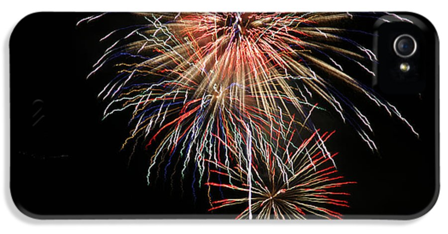 Fireworks IPhone 5 Case featuring the photograph 4th Of July 3 by Marilyn Hunt