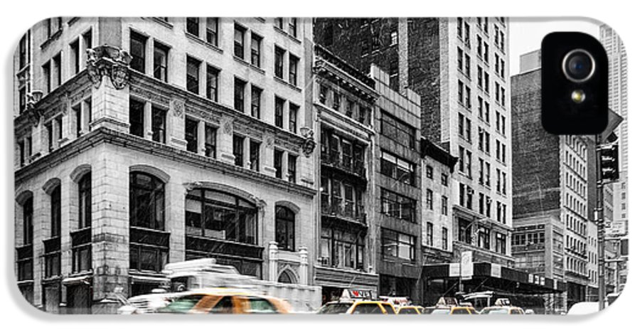 Empire State Building IPhone 5 Case featuring the photograph 5th Avenue Yellow Cab by John Farnan