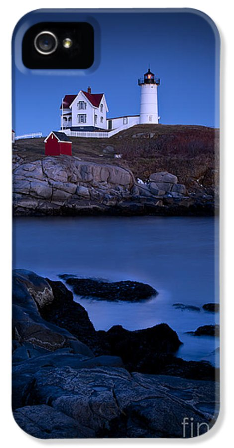 Nubble IPhone 5 Case featuring the photograph Nubble Lighthouse by Brian Jannsen