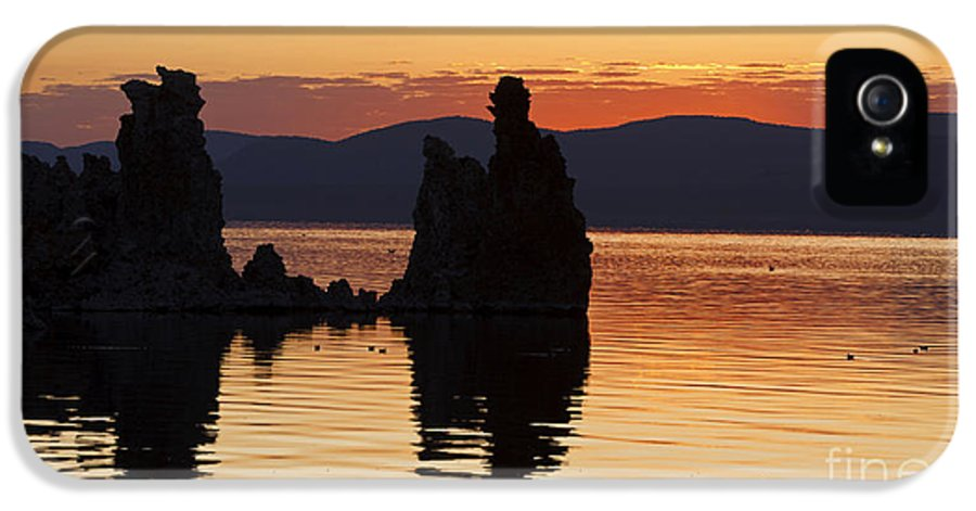 Mono Lake IPhone 5 Case featuring the photograph Mono Lake California by Jason O Watson
