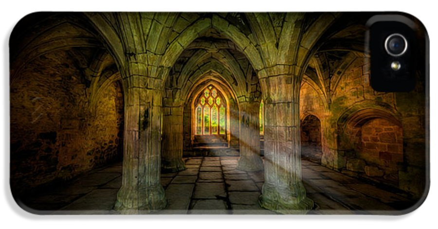 13th Century IPhone 5 Case featuring the photograph Abbey Sunlight by Adrian Evans