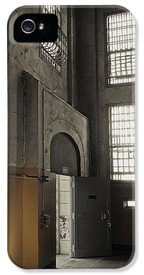 Alcatraz IPhone 5 / 5s Case featuring the photograph Alcatraz Doorway To Freedom by Daniel Hagerman