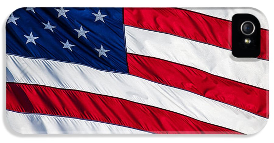 4th Of July IPhone 5 Case featuring the photograph American Flag by Leslie Banks