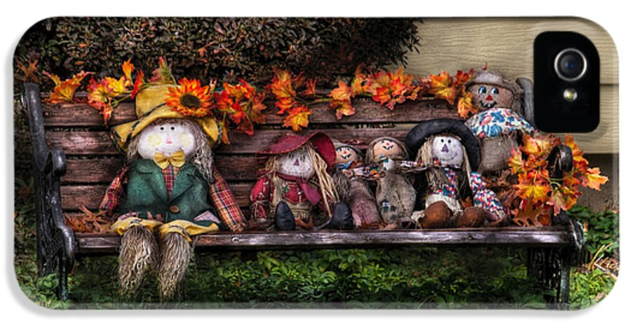 Savad IPhone 5 Case featuring the photograph Autumn - Family Reunion by Mike Savad