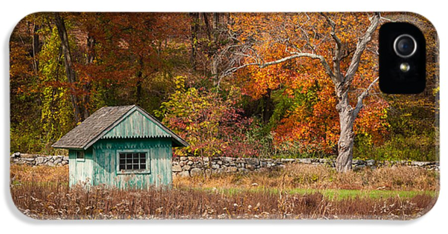 Autumn IPhone 5 Case featuring the photograph Autumn Getaway by Frank Mari