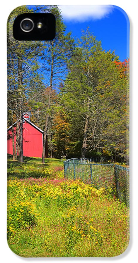 Connecticut IPhone 5 Case featuring the photograph Autumn Red Barn by Joann Vitali