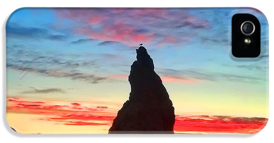 Sunset IPhone 5 Case featuring the photograph Bandon Clouds by Darren White