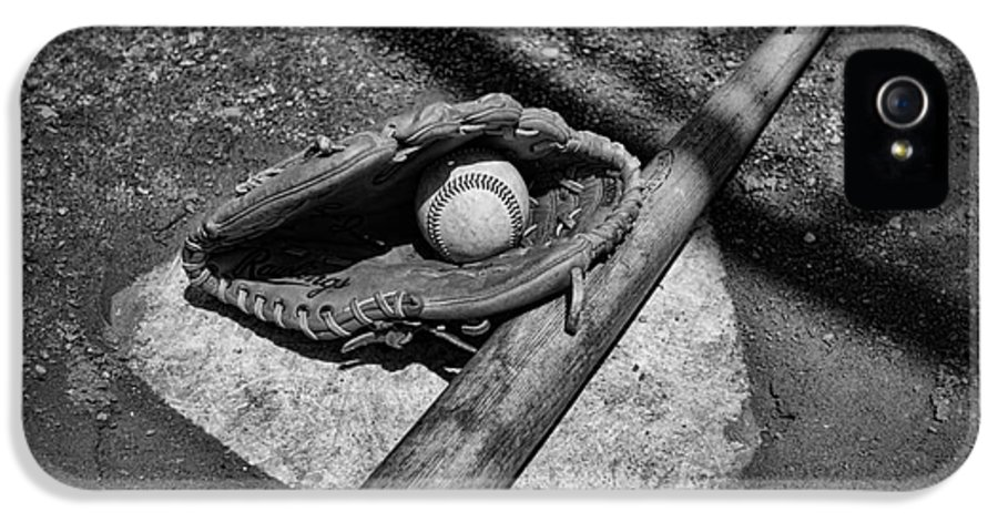 Paul Ward IPhone 5 Case featuring the photograph Baseball Home Plate In Black And White by Paul Ward