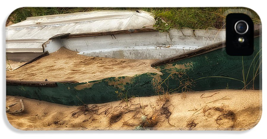 Dingy IPhone 5 Case featuring the photograph Beached by Bill Wakeley