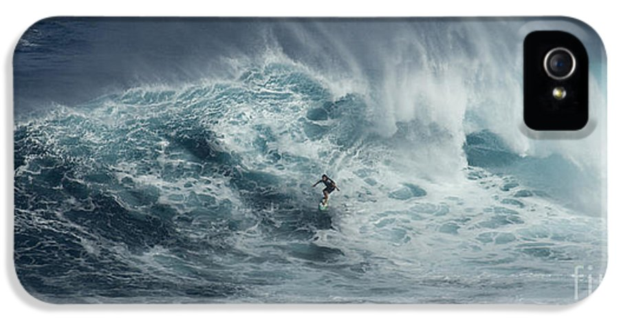 Extreme Sports IPhone 5 Case featuring the photograph Beauty Of The Extreme by Bob Christopher