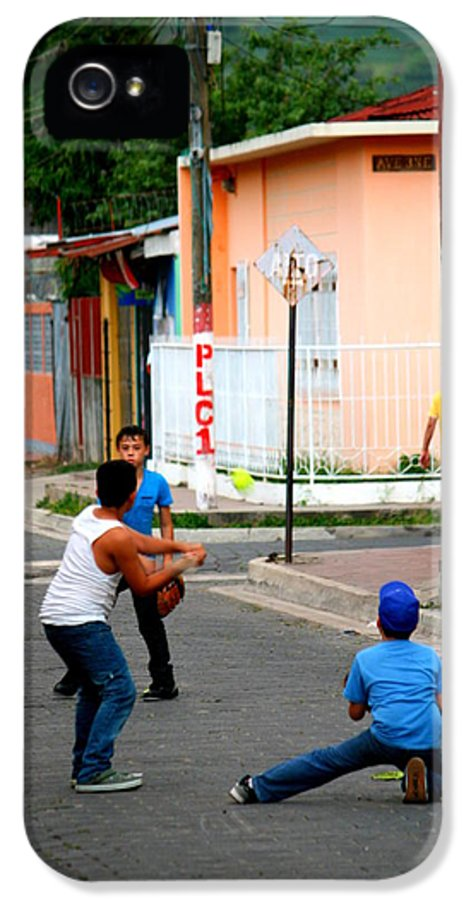 Nicaragua IPhone 5 Case featuring the photograph Beisbol by Nick Busselman