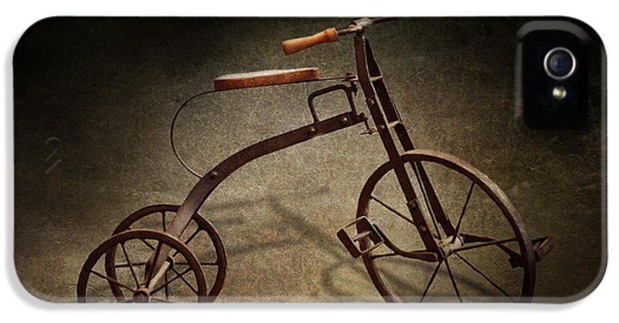 Hdr IPhone 5 Case featuring the photograph Bike - The Tricycle by Mike Savad
