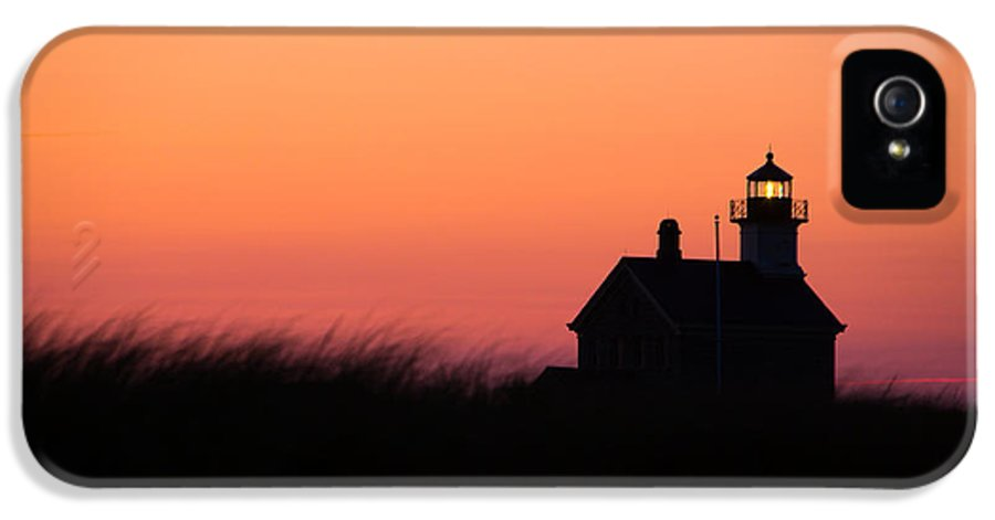 Lighthouse IPhone 5 Case featuring the photograph Block Island North Lighthouse by Diane Diederich