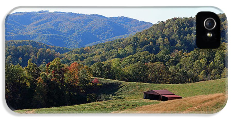 Blue Ridge IPhone 5 Case featuring the photograph Blue Ridge Scenic by Suzanne Gaff