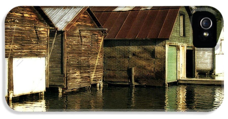 Traverse City IPhone 5 Case featuring the photograph Boathouses On The River by Michelle Calkins