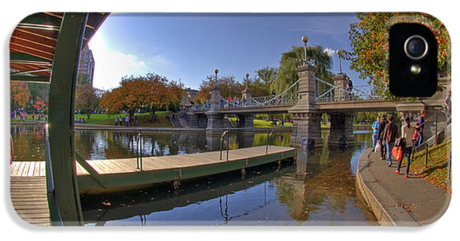 Willow IPhone 5 Case featuring the photograph Boston Public Garden by Joann Vitali