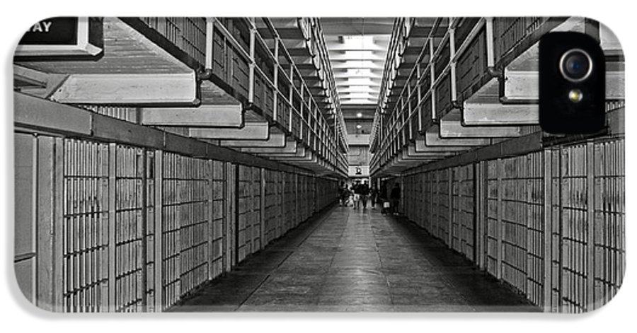 Cell IPhone 5 Case featuring the photograph Broadway Walkway In Alcatraz Prison by RicardMN Photography