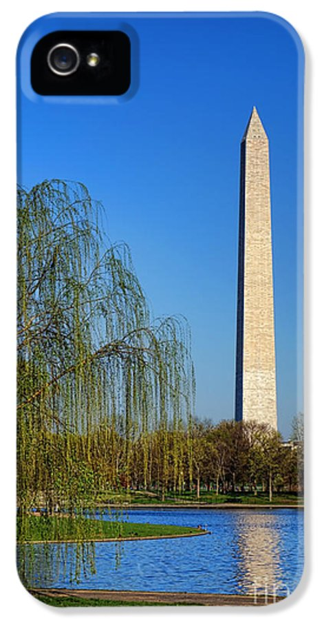 Washington IPhone 5 Case featuring the photograph Bucolic Washington by Olivier Le Queinec