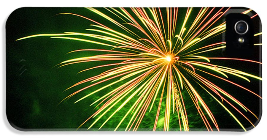 Night IPhone 5 Case featuring the photograph 4th Of July Fireworks 6 by Howard Tenke