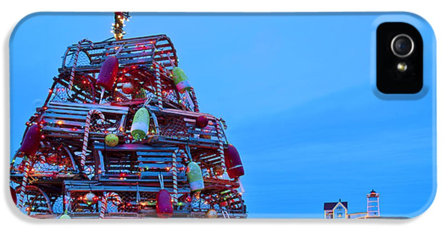 Maine IPhone 5 Case featuring the photograph Cape Neddick Lighthouse Christmas by Randy Duchaine