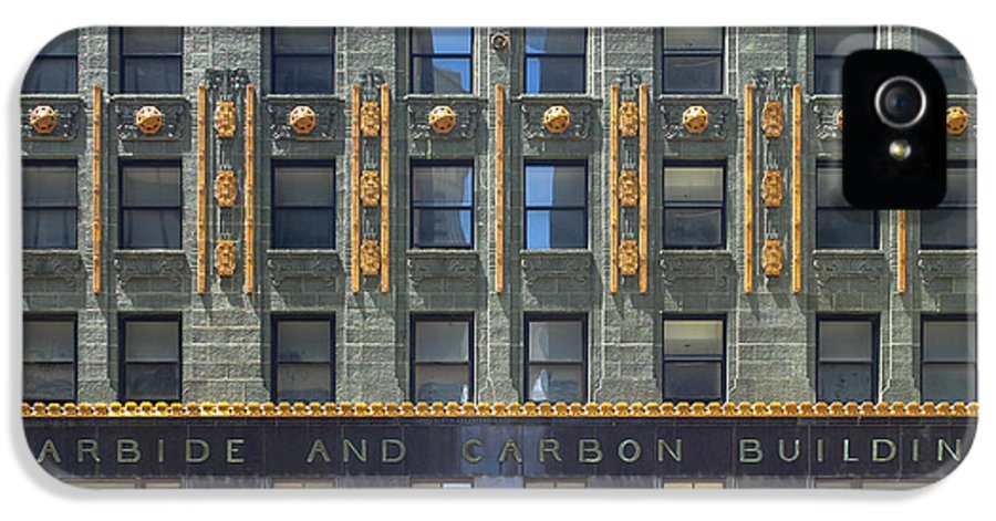 3scape Photos IPhone 5 Case featuring the photograph Carbide And Carbon Building by Adam Romanowicz
