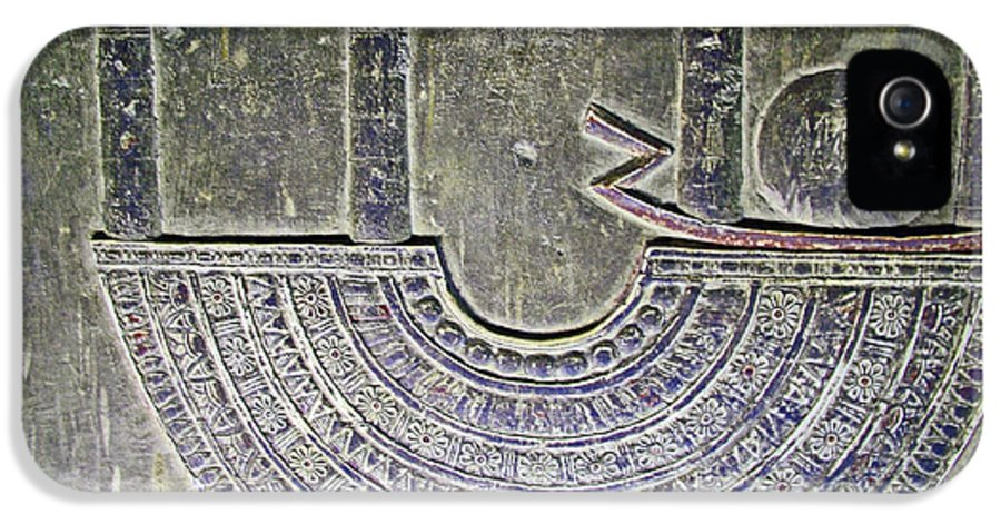 Carving Like Cleopatra's Necklace In A Crypt In The Temple Of Hathor Near Dendera Egypt IPhone 5 Case featuring the photograph Carving Like Cleopatra's Necklace In A Crypt In Temple Of Hathor Near Dendera-egypt by Ruth Hager
