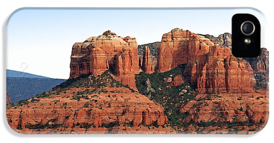 Cathedral Rock IPhone 5 Case featuring the painting Cathedral Rock 2 by Ellen Henneke