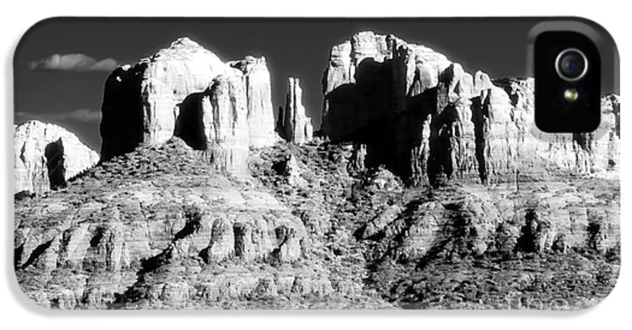 Cathedral Rock Glow IPhone 5 Case featuring the photograph Cathedral Rock Glow by John Rizzuto