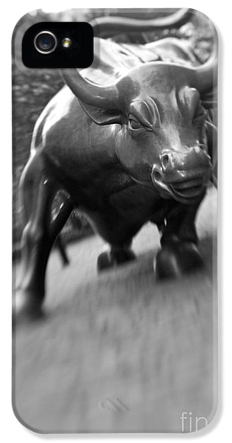Wall IPhone 5 Case featuring the photograph Charging Bull 2 by Tony Cordoza