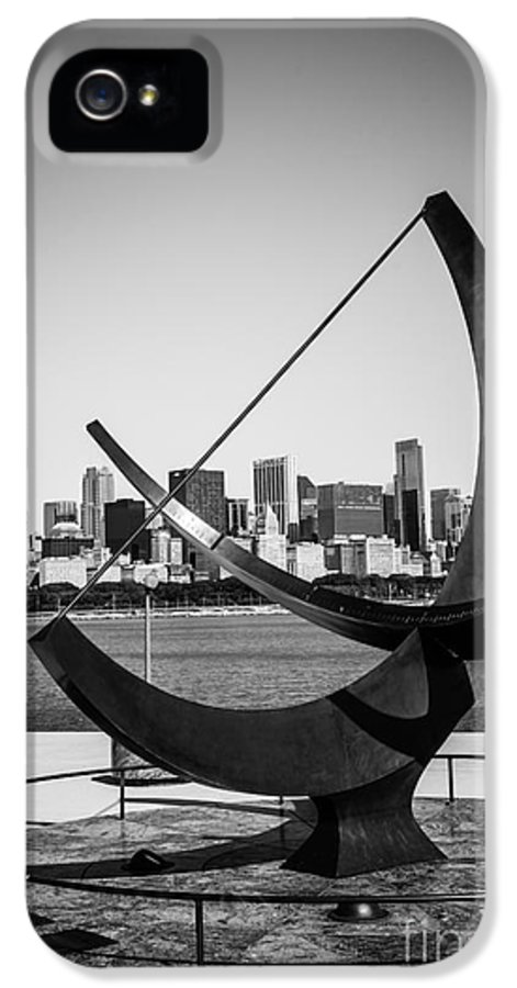 Adler IPhone 5 Case featuring the photograph Chicago Adler Planetarium Sundial In Black And White by Paul Velgos