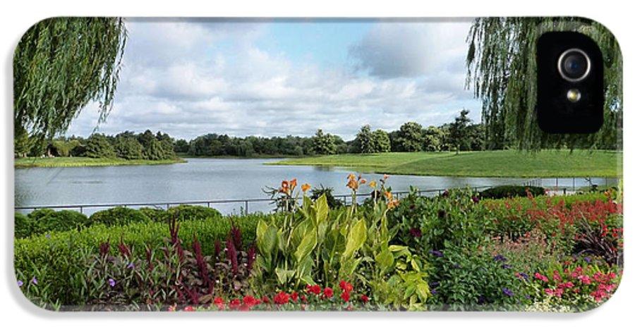 Chicago Botanical Gardens IPhone 5 Case featuring the photograph Chicago Botanical Gardens - 95 by Ely Arsha