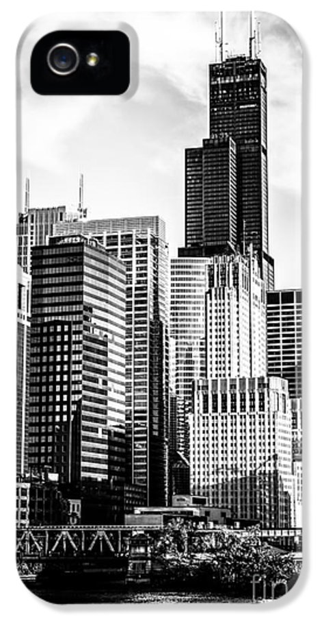 America IPhone 5 Case featuring the photograph Chicago High Resolution Picture In Black And White by Paul Velgos